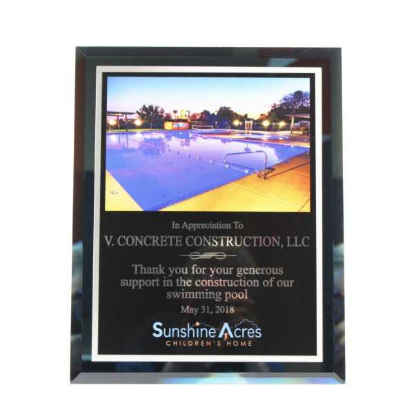 Newline Trophy Custom Photo Plaque